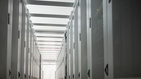 データ処理サービス